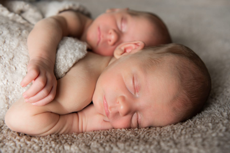 tweeling new born fotografie