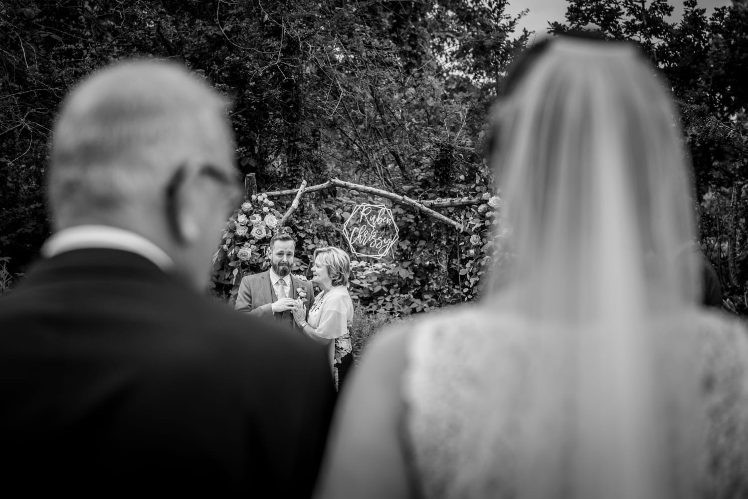 father of the bride door danny bruidsfotografie